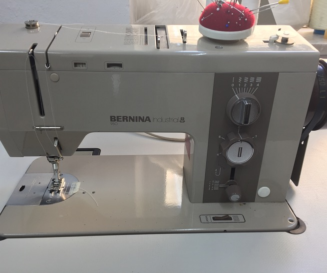 BERNINA industrial 950  –  1200€ VB